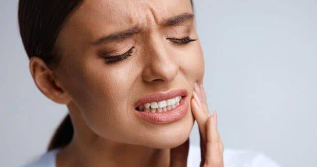 Operatie dentară? Vezi ce sa faci inainte, in timpul si dupa ea - Blog IVORY Dentfix