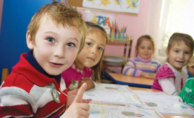 Educație incluzivă într-o lume preponderent vizuală