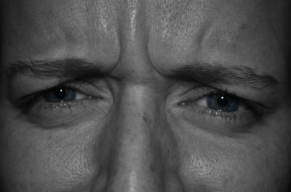 insuficiență vizuală severă la un ochi