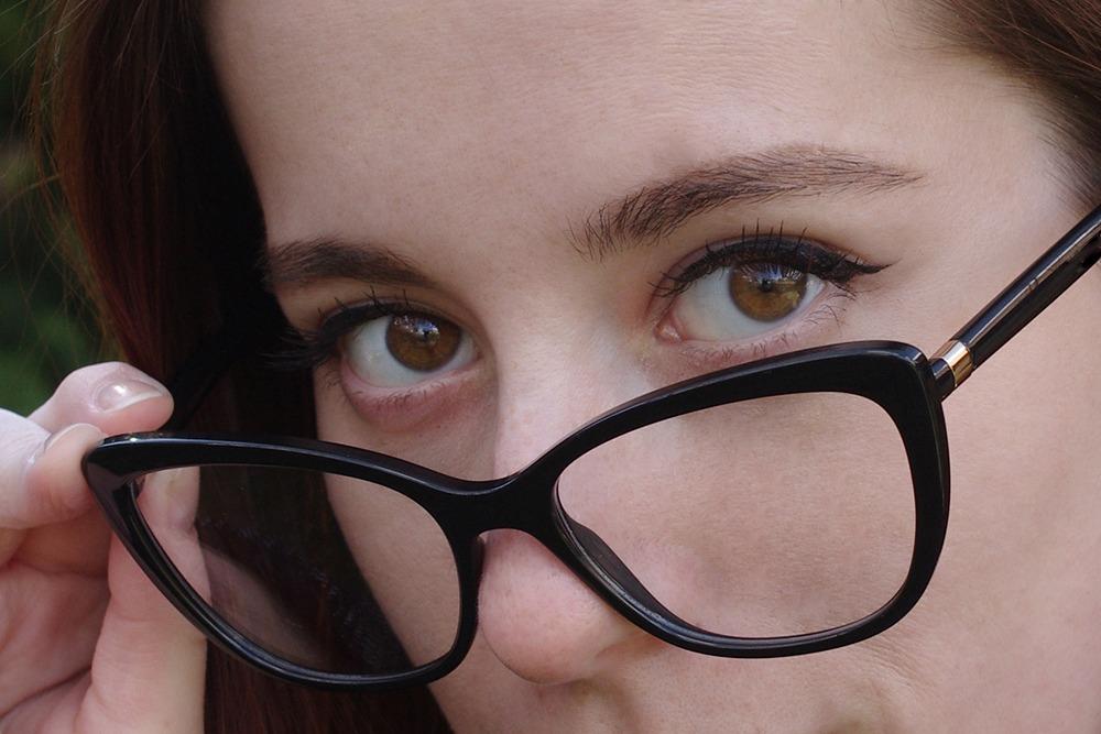 copil mic la oftalmolog