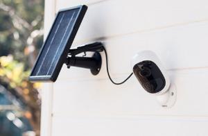 solar panel - Traducere în română - exemple în engleză | Reverso Context