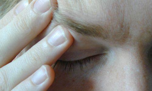 Totul despre durerea de cap. Ce afectiuni poate ascunde si modalitati de ameliorare