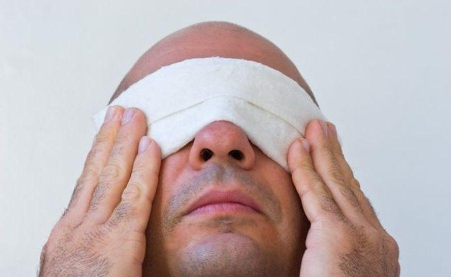 diverse boli oculare vederea a căzut brusc în ambii ochi