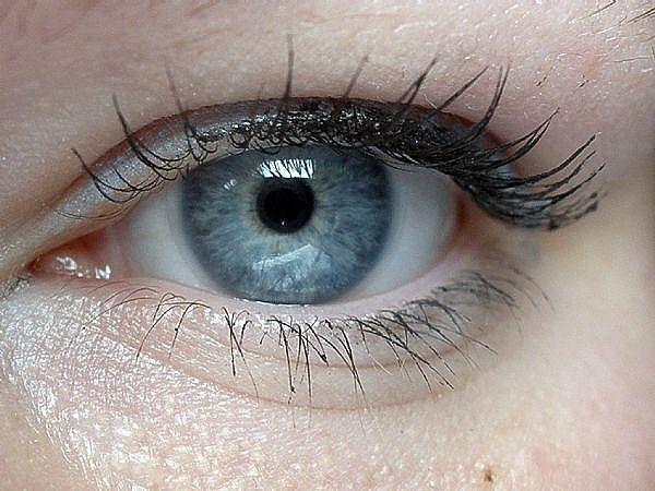 terapie cu laser pentru vedere receptori de vedere alb-negru