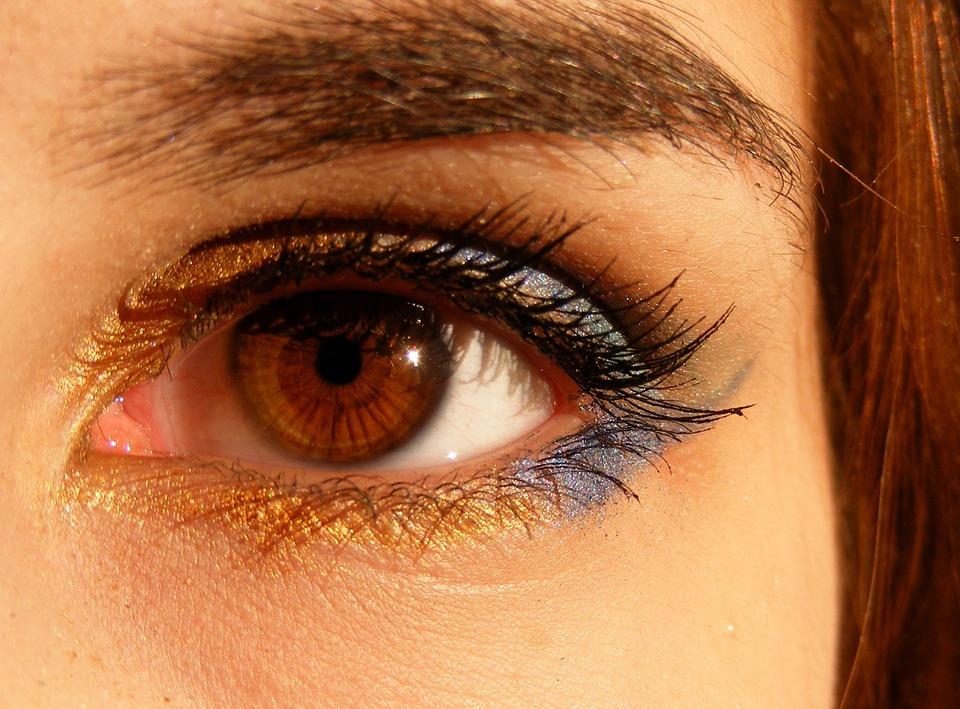 ochi rosu vedere incetosata viziunea slabă este dominantă sau recesivă
