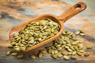 Regleaza-ti colesterolul cu seminte de bostan