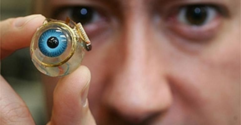 """""""Ochiul bionic redă într-adevăr vederea nevăzătorilor""""?"""