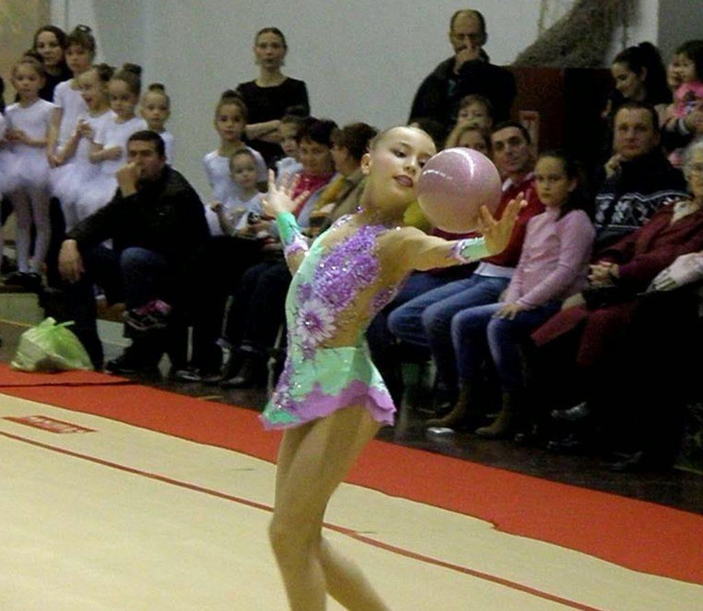 Bronz pentru România la Cupa Mondială de Gimnastică Ritmică de la Cluj-Napoca (FOTO) - 7-pitici.ro