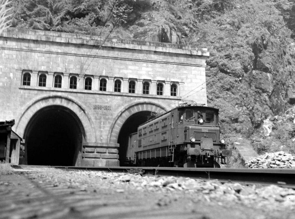 Simplon, un tunel de legendă - O poveste cu temperaturi mari, viziune, curaj și...James Bond