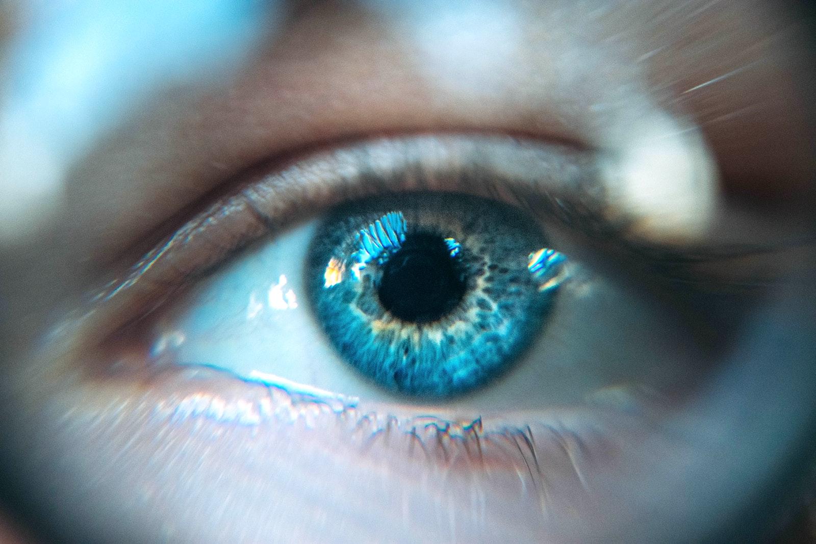 Hipertensiunea oculară – cauze, complicații și examinări oftalmologice recomandate