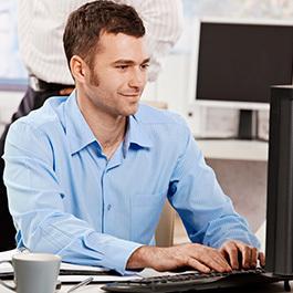 vederea deteriorată de la lucrul la computer