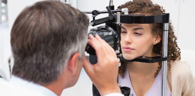 vederea se îmbunătățește atunci când căscă de ce doare capul cu vederea slabă