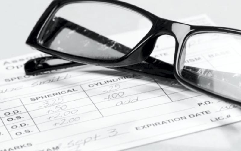 Cum să interpretați prescripția pentru lentilele de contact - Parametri importanți!