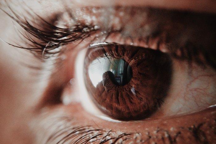 zvâcniri ale ochilor și deteriorarea vederii